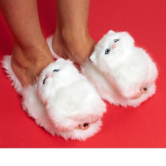 863a7f6e96d6 Jeffrey Campbell White Cat Slides